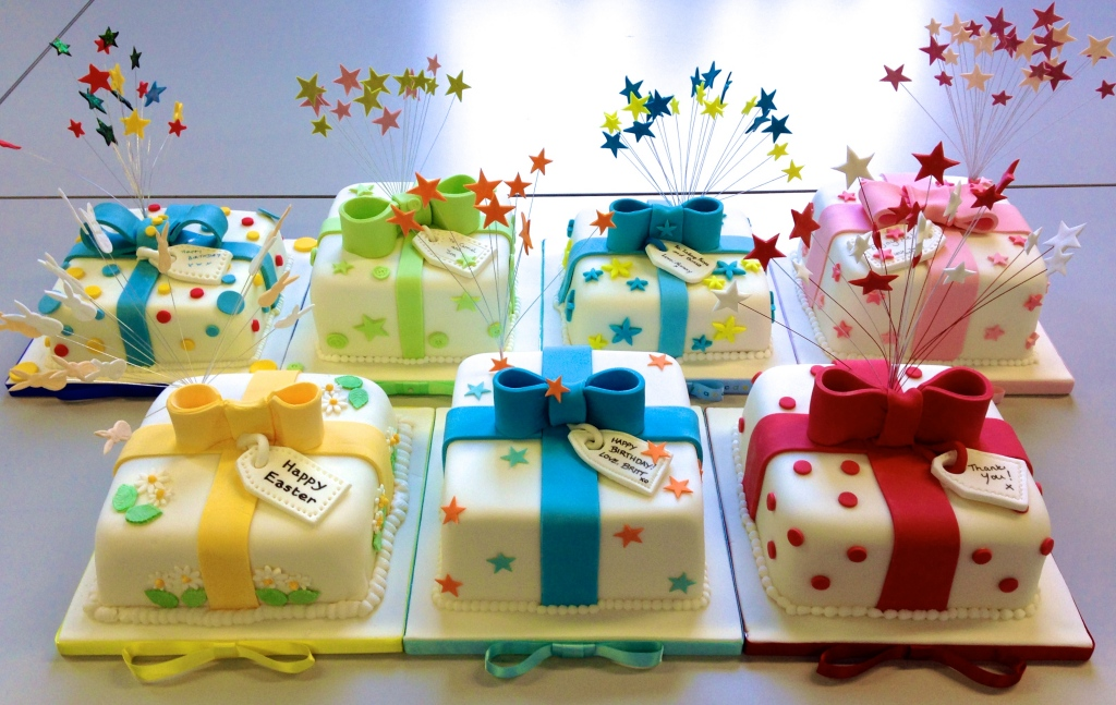 Design A Cake Christmas Opening Times : Parcel Fuit Cake Class! - She Who Bakes