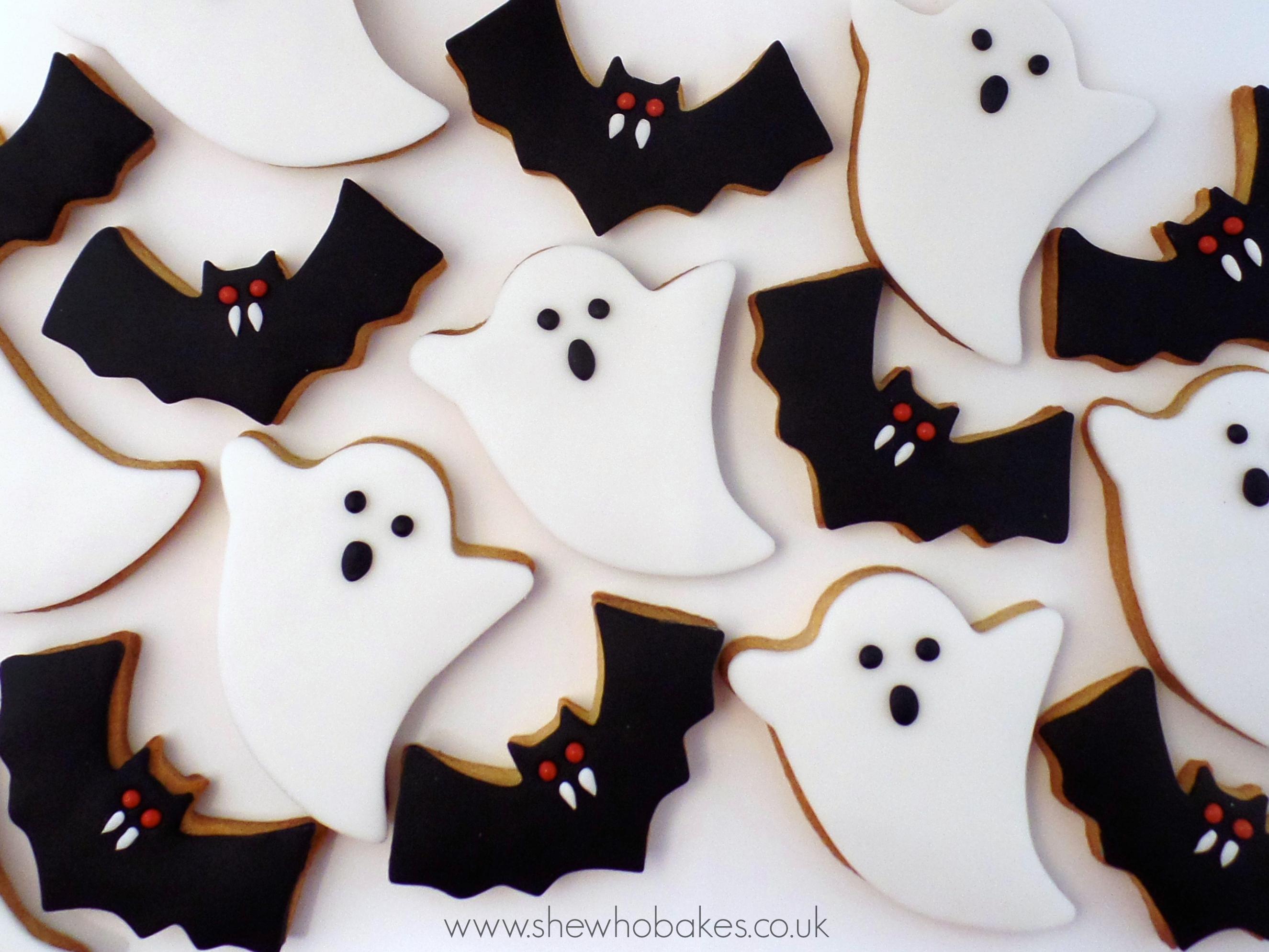 Halloween Cookies - She Who Bakes